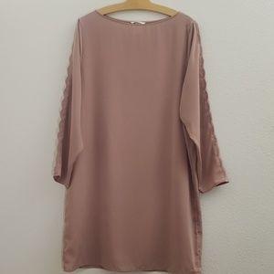 H&M Mauve Scallop Sleeve Sheath Dress